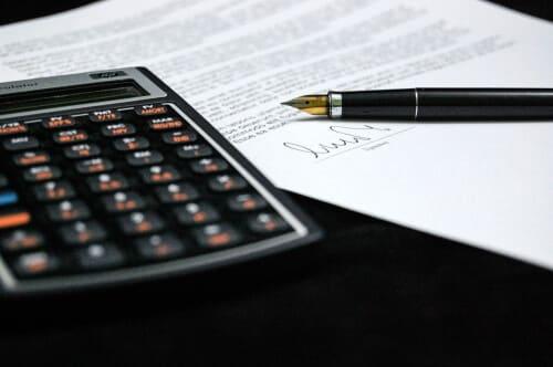 calculatrice-stylo-contrat