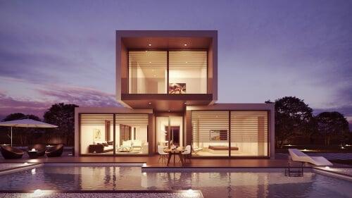 maison-cubique-façades-vitrées