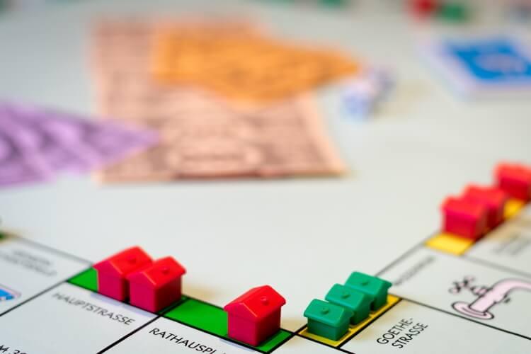 monopoly-loyers